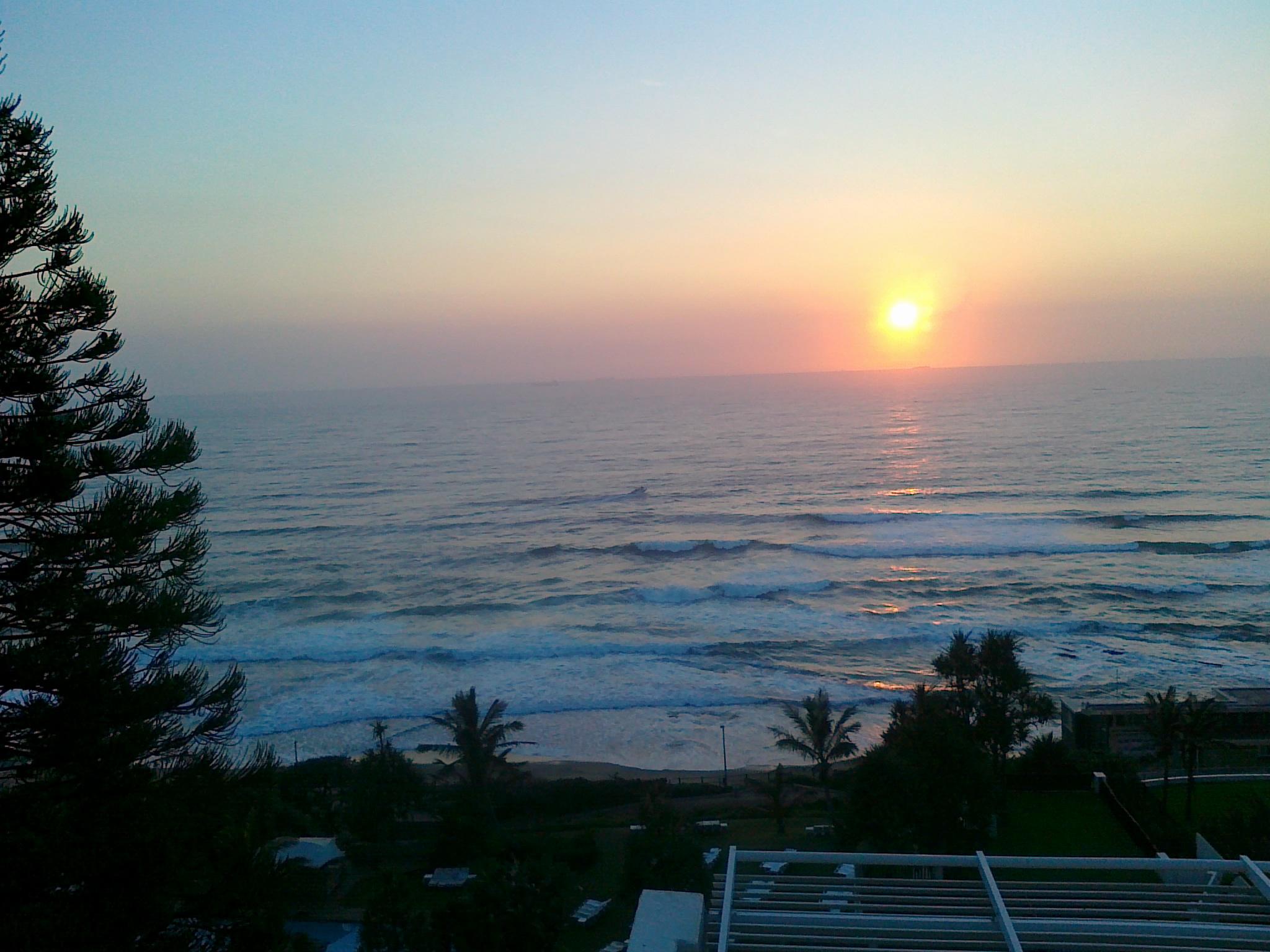 Sonnenaufgang am indischen Ozean